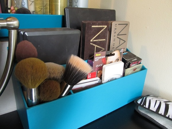 Makeup Organization - Palette Storage