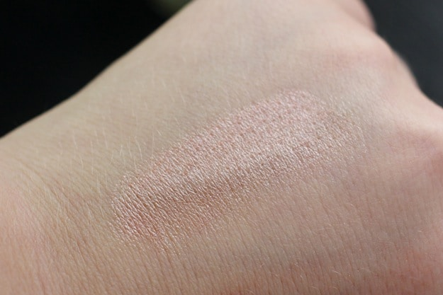 Benefit Creaseless Cream Shadow R.S.V.P Swatch