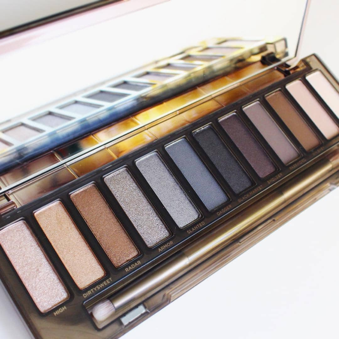 The Urban Decay Naked Smoky is stunning Its been ahellip