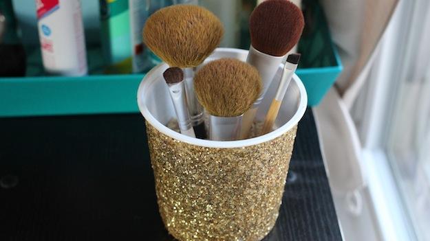 DIY Recycled Brush Holder