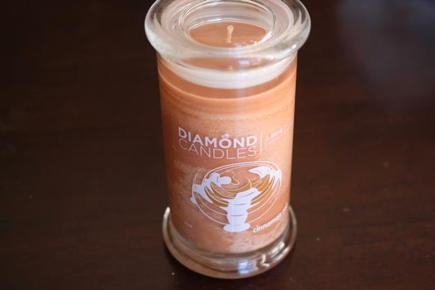 Diamond Candles_Cinnamon Roll2