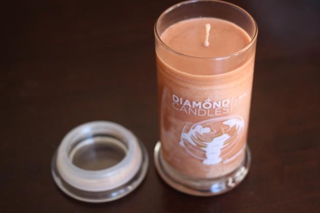 Diamond Candles_Cinnamon Roll3