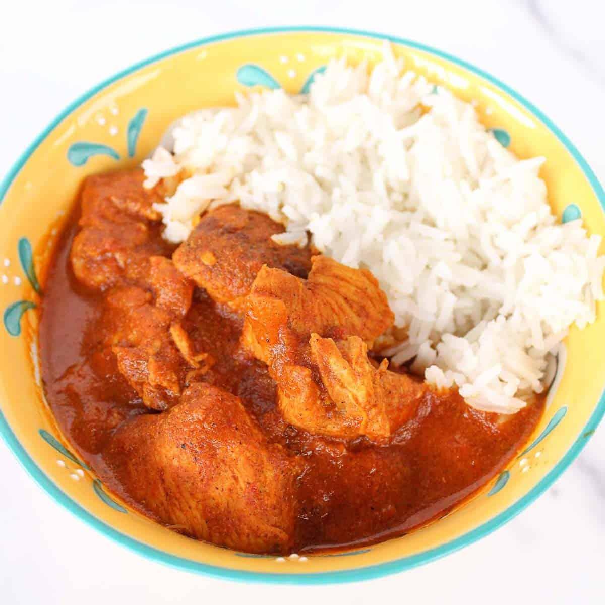 Chicken tikka masala with rice.